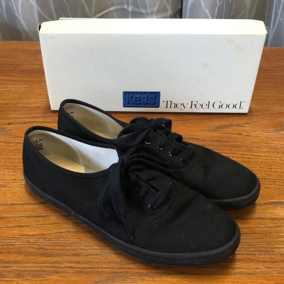 Keds black tennis shoes size 7.5M